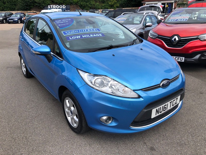 used Ford Fiesta ECOnetic DPF Titanium in rochester-kent