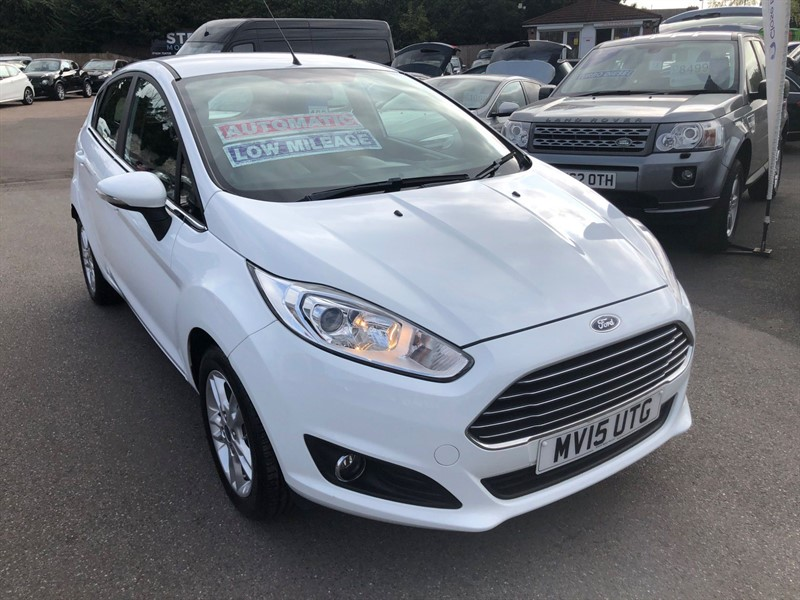 used Ford Fiesta Zetec Powershift (EU6) in rochester-kent