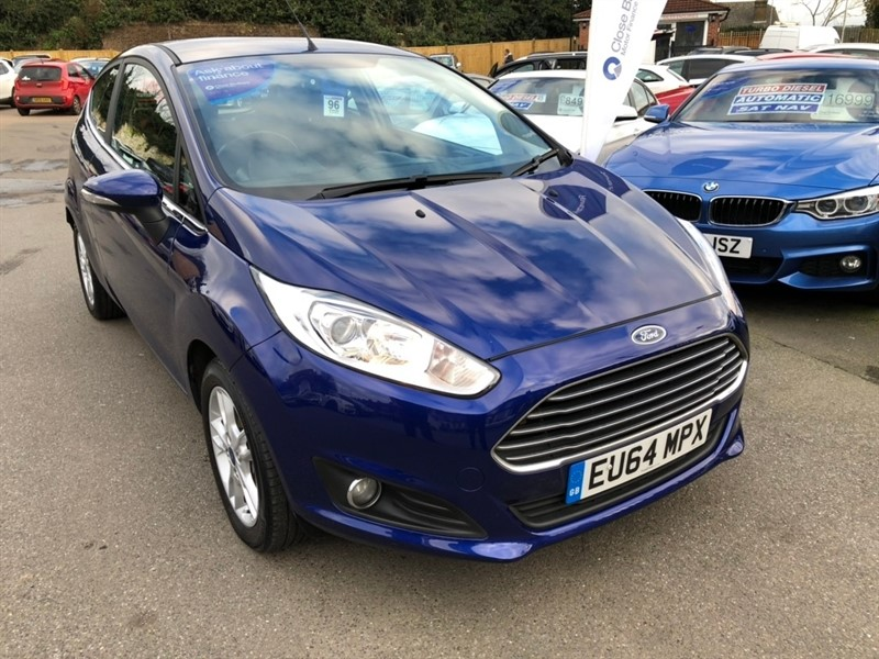 used Ford Fiesta Zetec 3dr in rochester-kent
