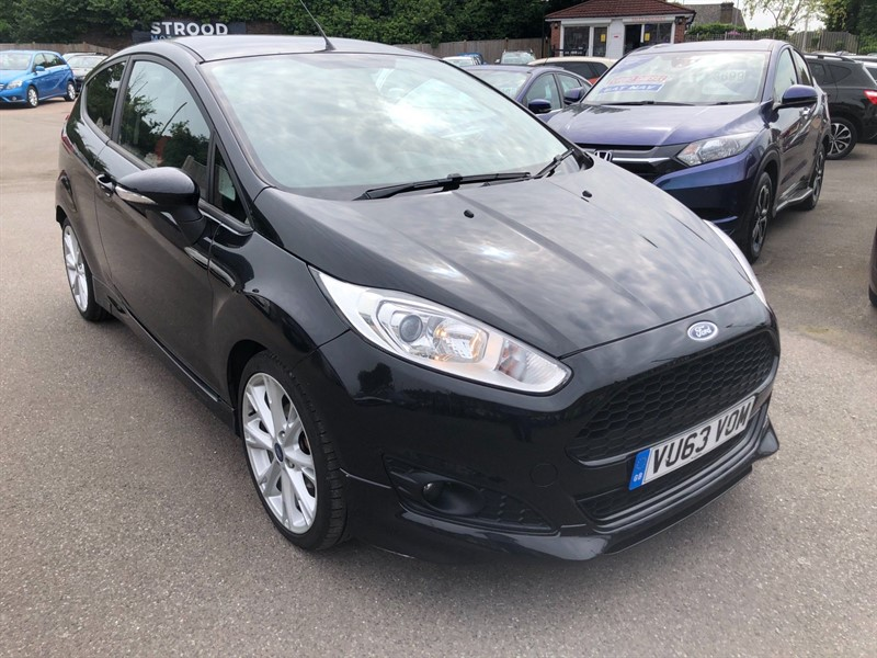 used Ford Fiesta EcoBoost Zetec S (s/s) in rochester-kent
