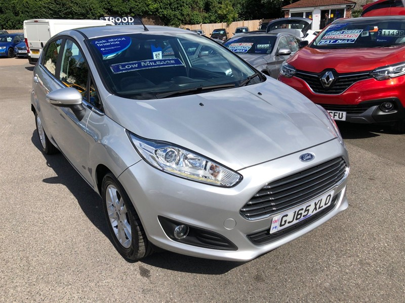 used Ford Fiesta T EcoBoost Zetec (s/s) in rochester-kent