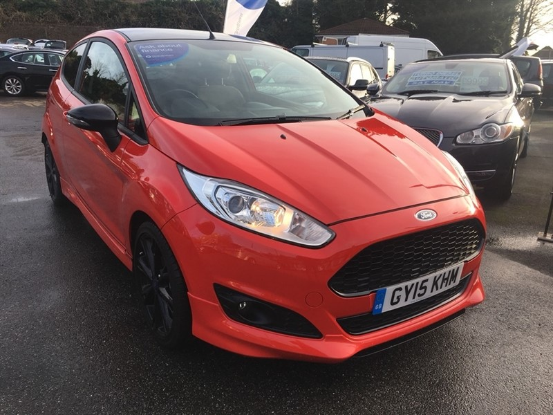 used Ford Fiesta EcoBoost (E6) Zetec S Red Edition Hatchback 3dr (start/stop) in rochester-kent