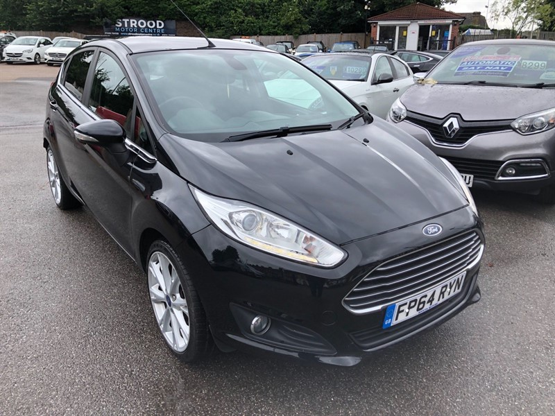 used Ford Fiesta EcoBoost Titanium (s/s) in rochester-kent