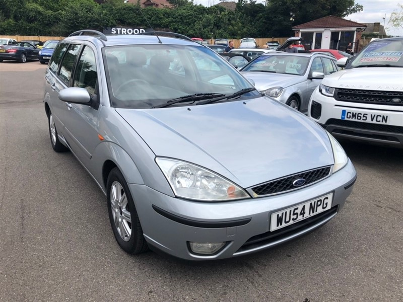 used Ford Focus i 16v Ghia 5dr in rochester-kent