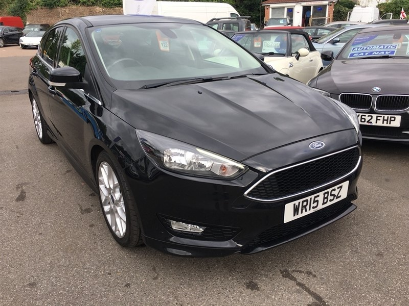 used Ford Focus T EcoBoost Zetec S (s/s) 5dr in rochester-kent
