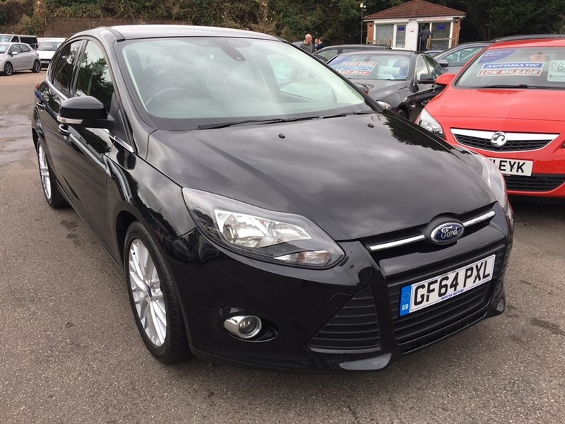 used Ford Focus EcoBoost Zetec 5dr (start/stop) in rochester-kent