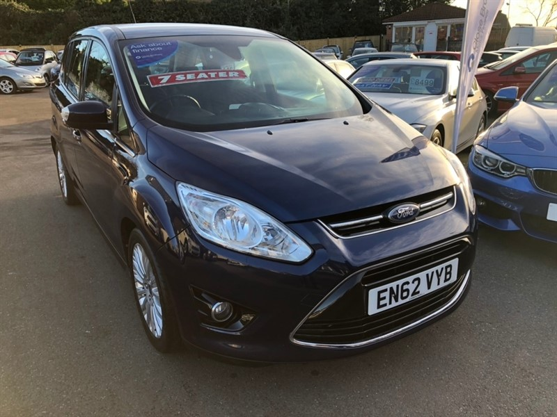 used Ford Grand C-Max T EcoBoost Titanium (s/s) 5dr (7 Seats) in rochester-kent