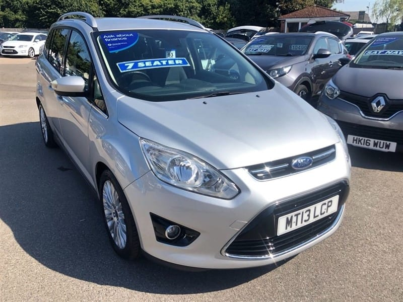 used Ford Grand C-Max 1.0T EcoBoost Titanium (s/s) in rochester-kent