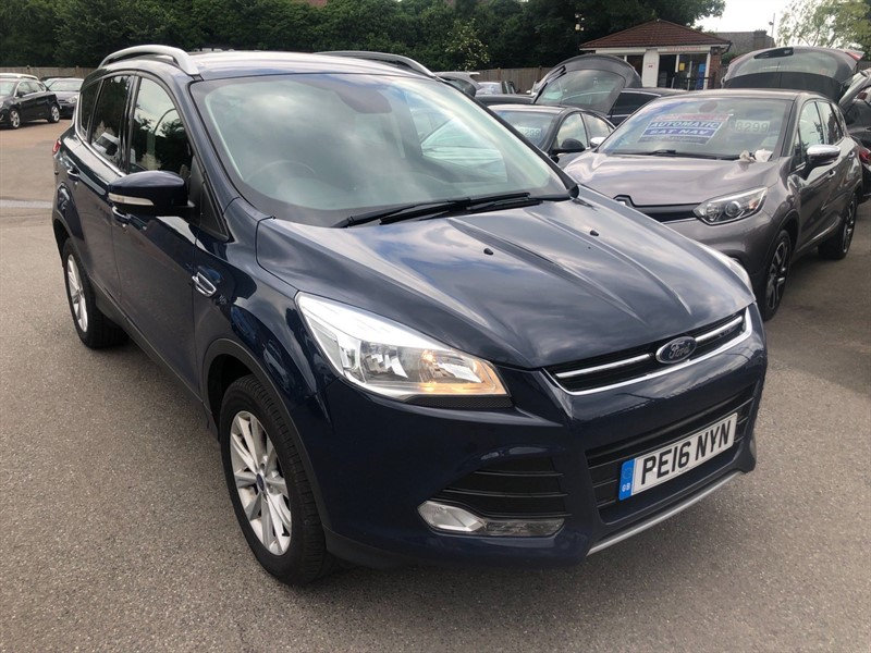 used Ford Kuga EcoBoost Titanium in rochester-kent