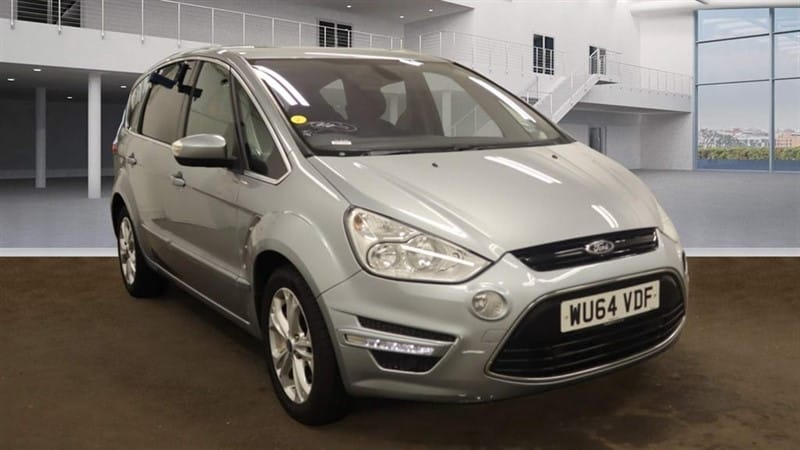 used Ford S-Max Titanium Powershift in rochester-kent