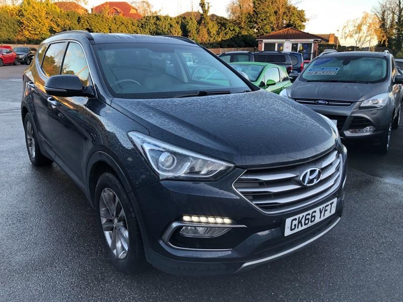 used Hyundai Santa Fe Blue Drive Premium 4WD (s/s) (7 Seat) in rochester-kent