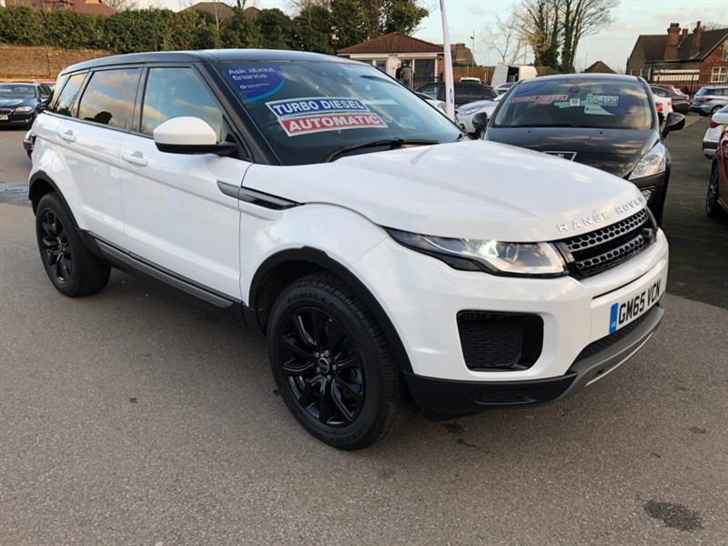 used Land Rover Range Rover Evoque TD4 SE AWD (s/s) 5dr in rochester-kent