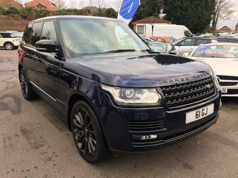 used Land Rover Range Rover SD V8 Autobiography 4X4 (s/s) 5dr in rochester-kent