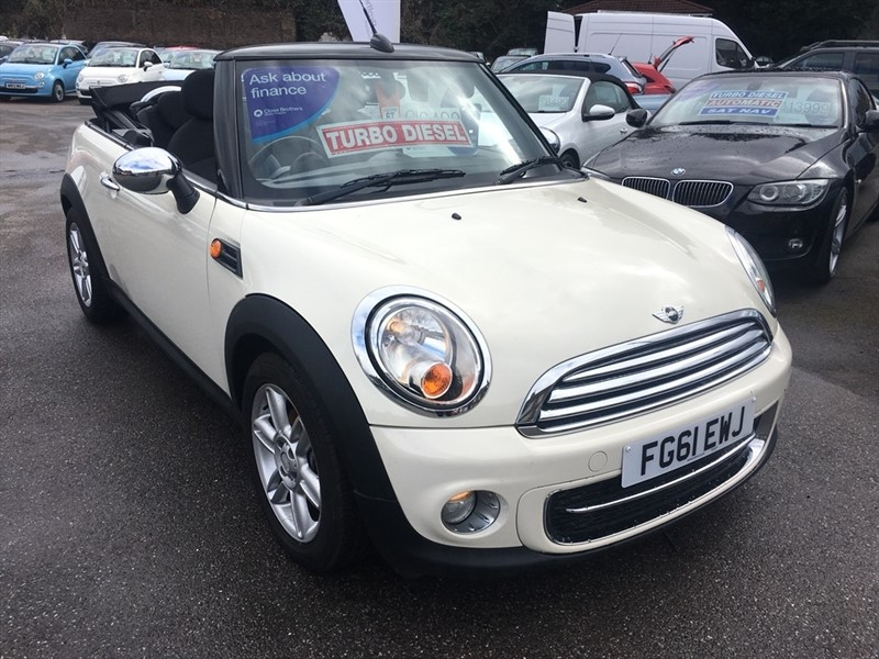 used MINI Convertible Cooper D 2dr in rochester-kent