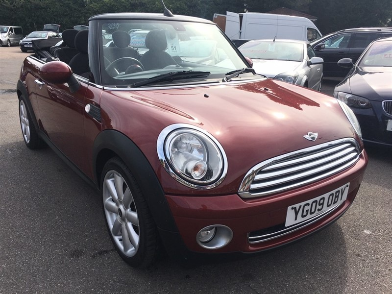used MINI Convertible Cooper 2dr in rochester-kent