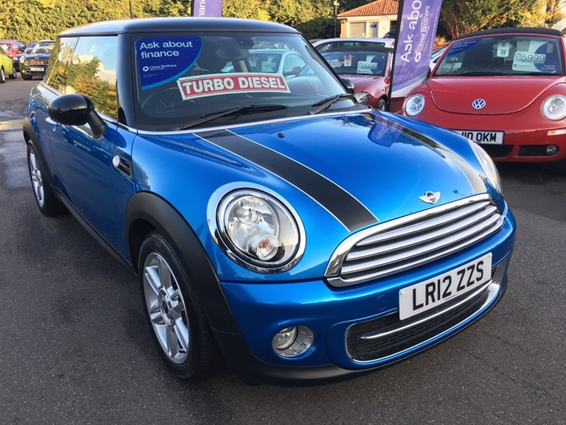 used MINI Hatch Cooper D Pimlico 3dr in rochester-kent