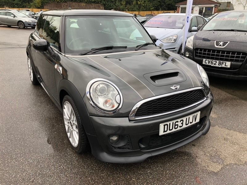 used MINI Hatch Cooper SD (Sport Chili) 3dr in rochester-kent