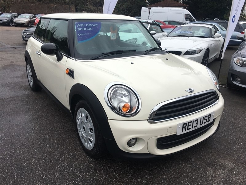 used MINI Hatch First 3dr in rochester-kent