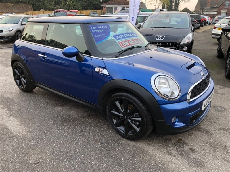 used MINI Hatch Cooper S London 12 3dr in rochester-kent