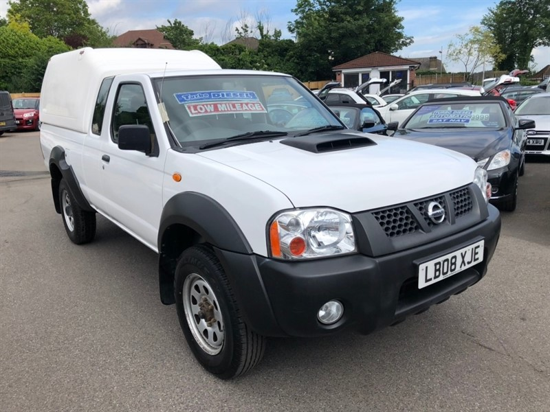used Nissan Navara dCi King Cab Pickup 2dr in rochester-kent