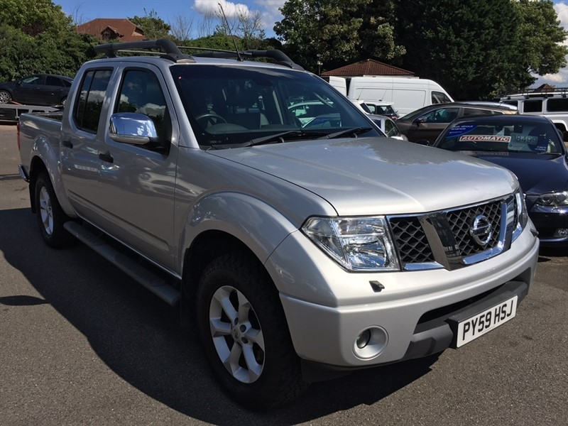 used Nissan Navara dCi Tekna Double Cab Pickup 4dr in rochester-kent