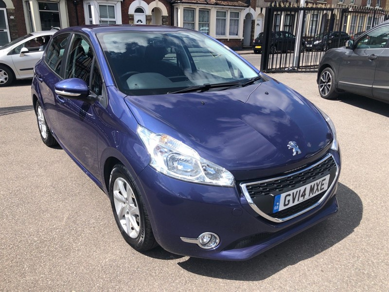 used Peugeot 208 HDi Active in rochester-kent