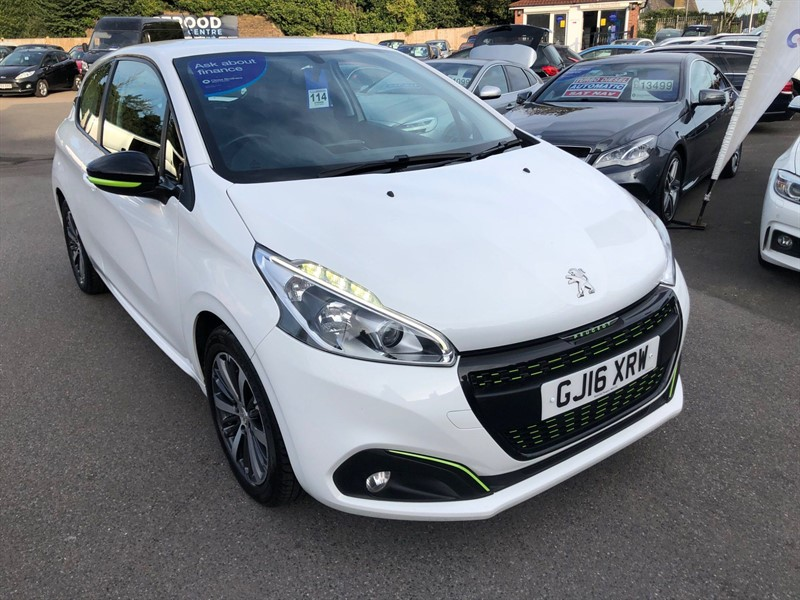 used Peugeot 208 PureTech XS Lime in rochester-kent