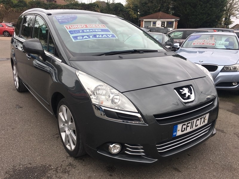 used Peugeot 5008 HDi FAP Exclusive 5dr in rochester-kent