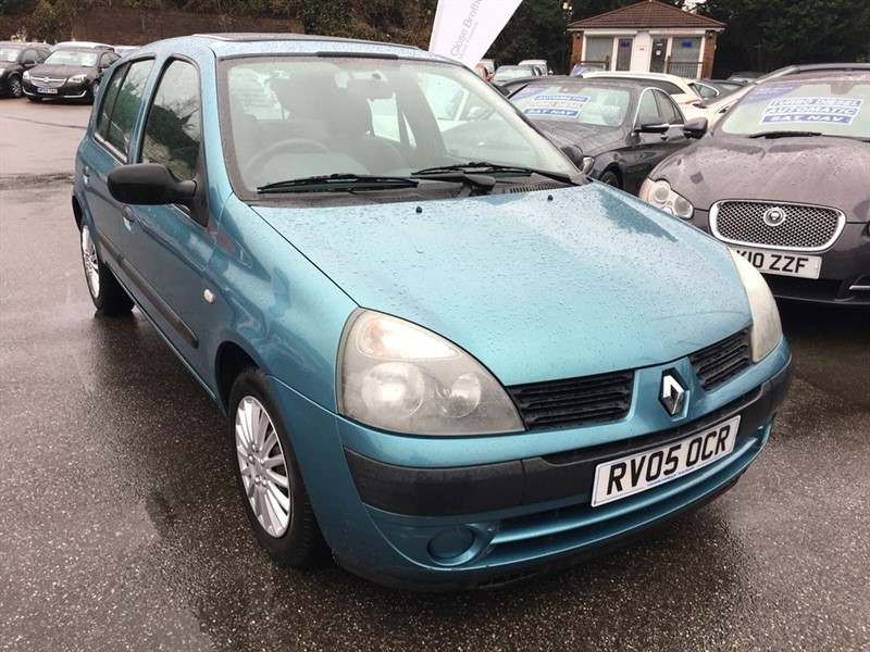 used Renault Clio 16v Expression 5dr in rochester-kent