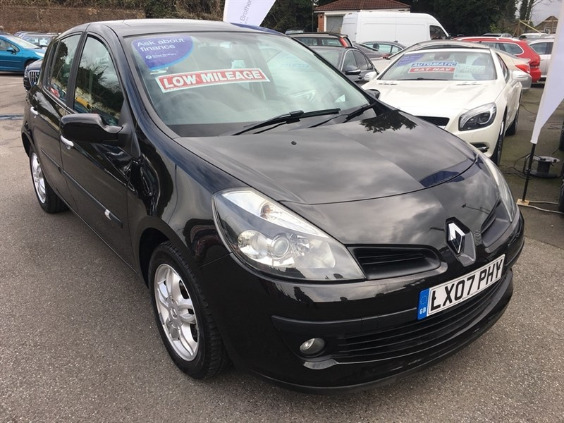 used Renault Clio 16v Dynamique 5dr in rochester-kent