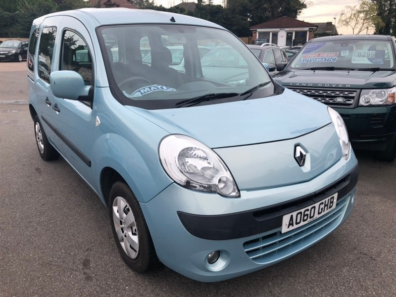 used Renault Kangoo 16v Expression 5dr in rochester-kent