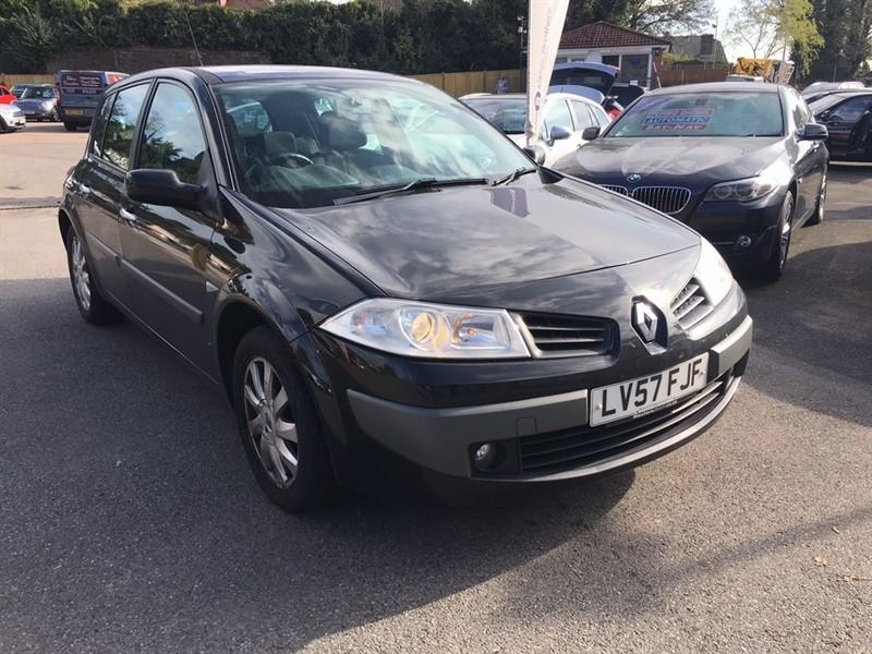 used Renault Megane VVT Dynamique 5dr in rochester-kent
