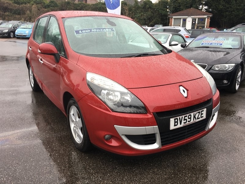 used Renault Scenic TCe Dynamique 5dr in rochester-kent