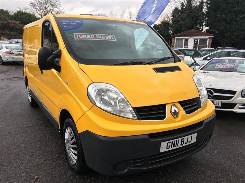 used Renault Trafic dCi SL29 Phase 3 Panel Van 4dr (Nav) in rochester-kent