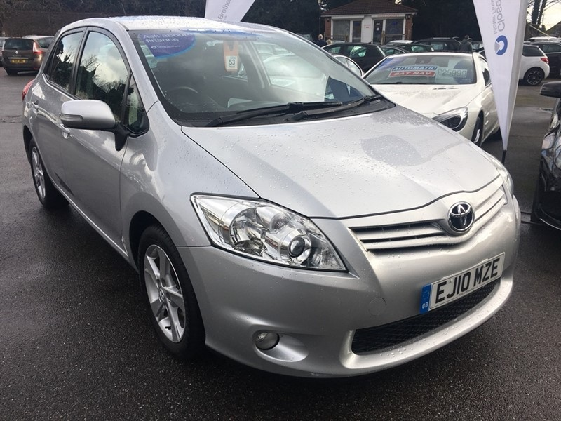 used Toyota Auris 1.33 VVT-i TR 5dr in rochester-kent