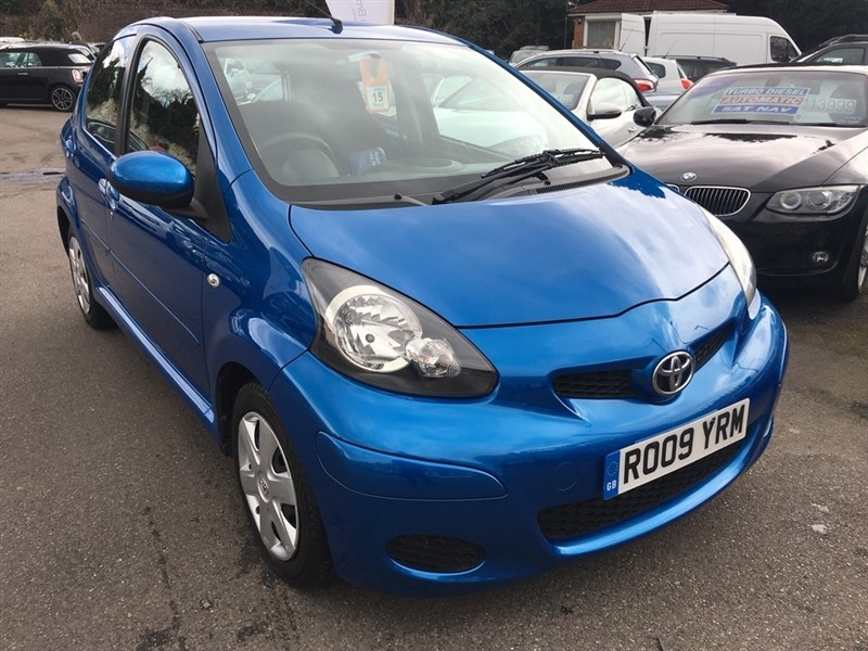 used Toyota Aygo VVT-i Blue 5dr in rochester-kent