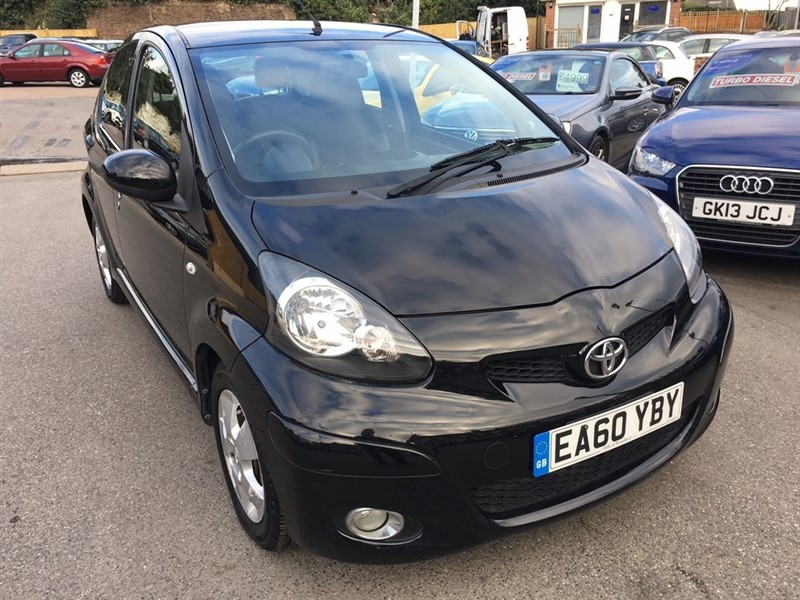 used Toyota Aygo Black 5dr in rochester-kent