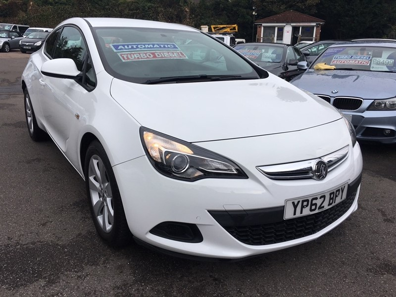 used Vauxhall Astra GTC CDTi 16v Sport 3dr (start/stop) in rochester-kent