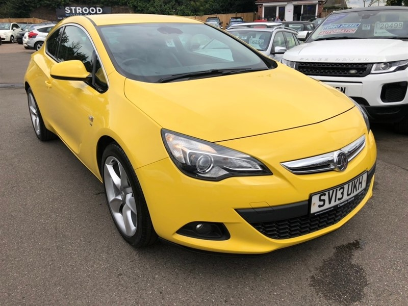 used Vauxhall Astra GTC T 16V SRi (s/s) 3dr 20in Alloy in rochester-kent