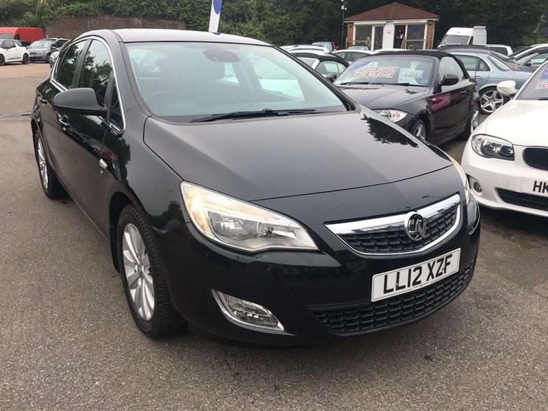 used Vauxhall Astra CDTi 16v SE 5dr in rochester-kent