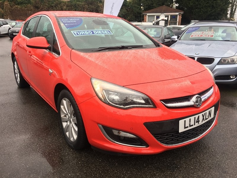 used Vauxhall Astra CDTi ecoFLEX Elite 5dr (start/stop) in rochester-kent