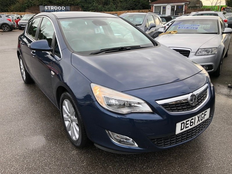 used Vauxhall Astra CDTi Elite Auto 5dr in rochester-kent