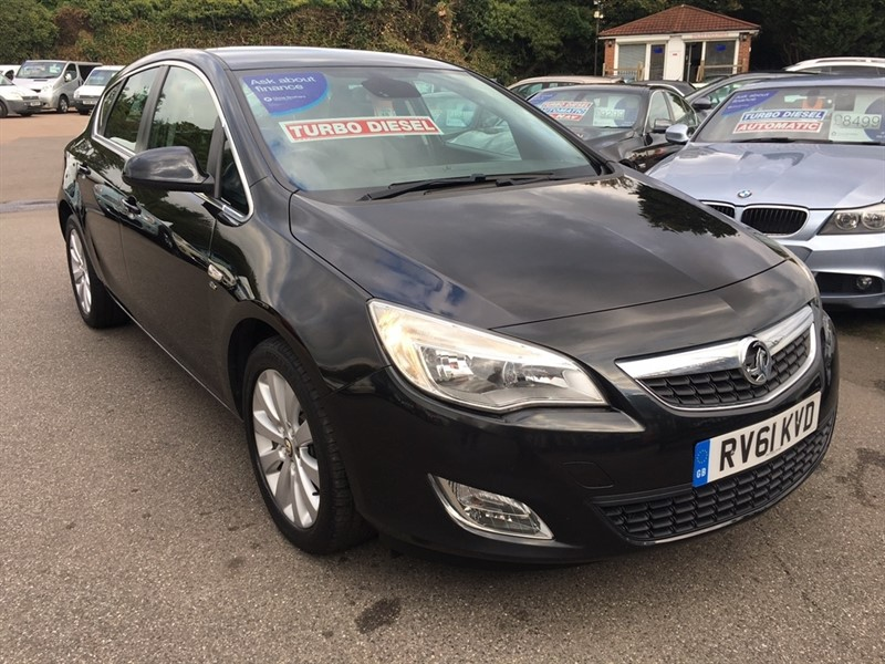 used Vauxhall Astra CDTi ecoFLEX 16v Elite 5dr in rochester-kent