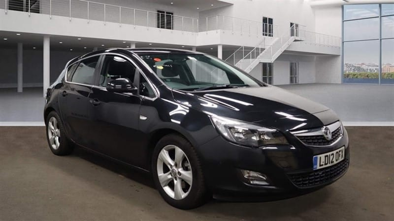 used Vauxhall Astra SRi Auto in rochester-kent