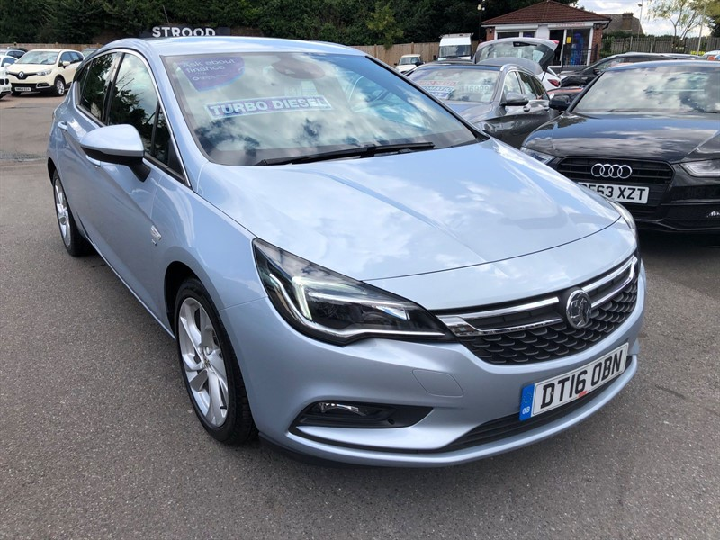 used Vauxhall Astra BlueInjection SRi (s/s) in rochester-kent