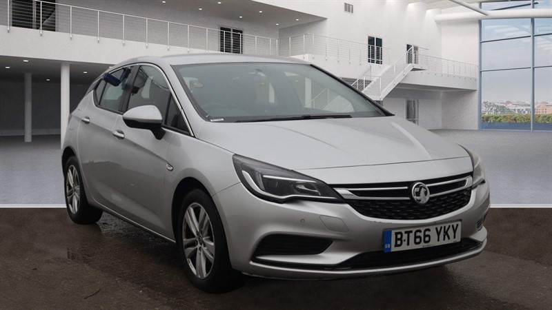 used Vauxhall Astra ecoFLEX Tech Line (s/s) in rochester-kent