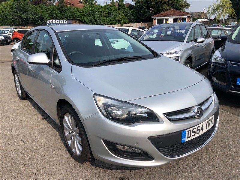 used Vauxhall Astra ecoFLEX Design (s/s) in rochester-kent