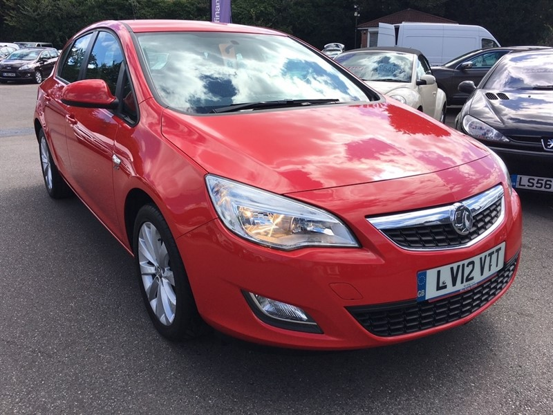 used Vauxhall Astra i VVT 16v Active 5dr in rochester-kent
