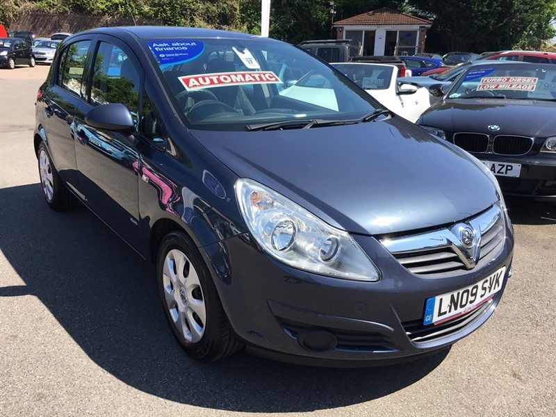 used Vauxhall Corsa i 16v Club 5dr in rochester-kent