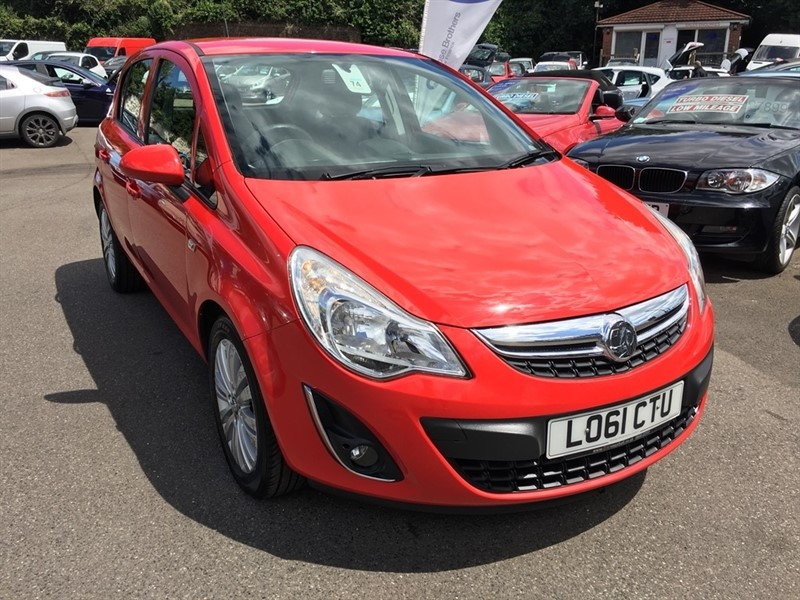 used Vauxhall Corsa 1.2 i 16v Excite 5dr in rochester-kent